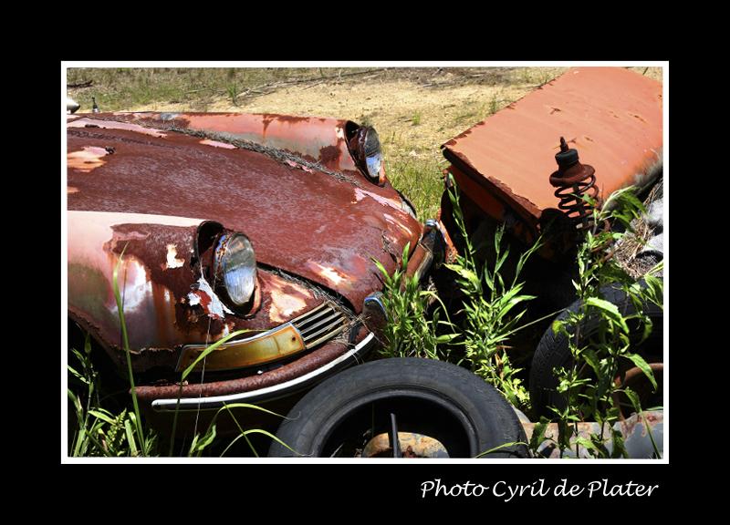 Insolite : Cimetière auto épisode