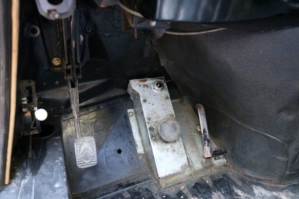 Coupé DS 21 proto, chevrons sauvages
