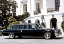 LINCOLN CONTINENTAL et CADILLAC FLEETWOOD - Reagan, Bush Senior et Clinton